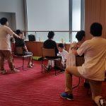 訪問マッサージ東京在宅サービスの全肢P連総会でのボランティアマッサージの様子