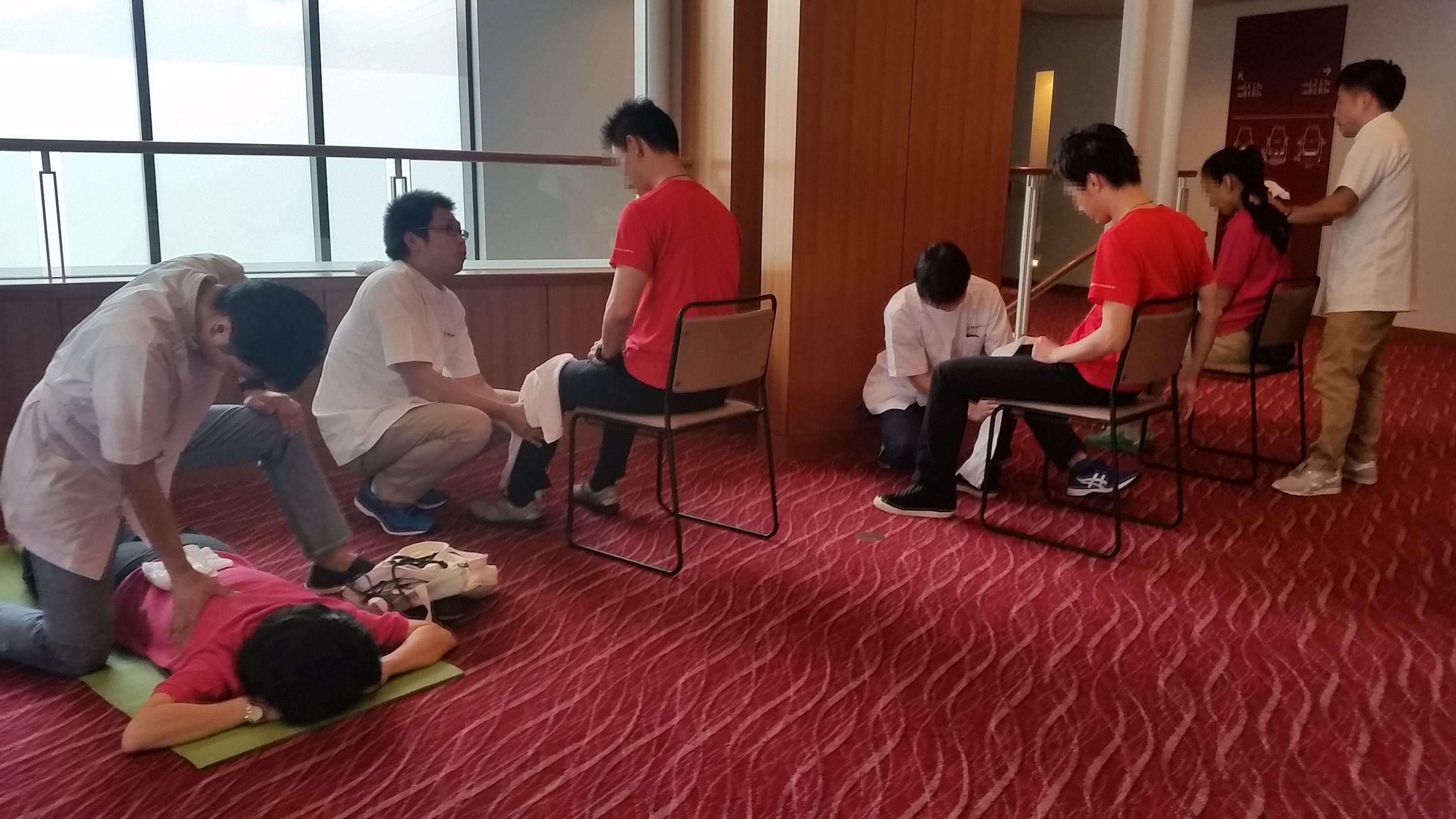全国肢体不自由特別支援学校PTA連合会総会にてボランティアマッサージ/東京在宅サービス