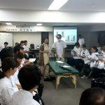 東京在宅サービスの社内勉強会 井上PTによる肩関節周囲炎リハビリテーション_実践9