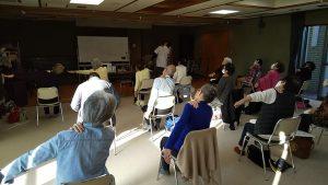 肩こり予防運動4_中野区生活機能プログラム_肩こり予防口座@やよいの園2011162